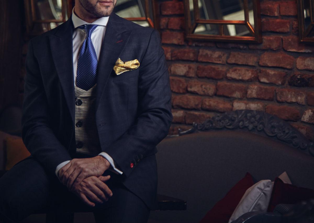 costume homme cravate gilet élégant